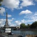 塞纳河视角----埃菲尔铁塔